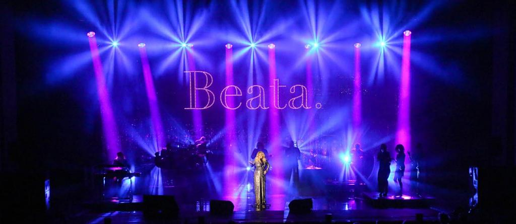 01 Beata B3 Exclusive Tour