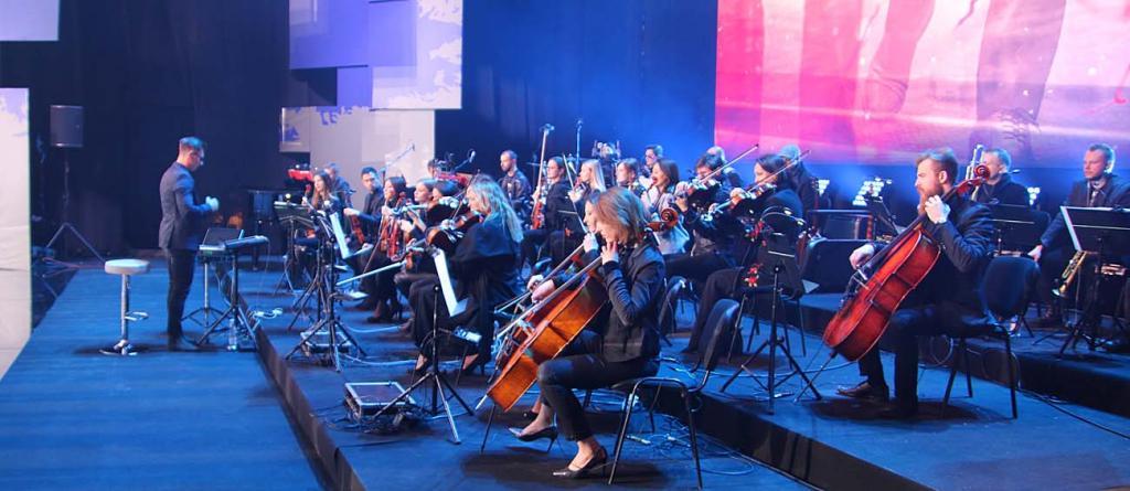 04 Orkiestra Grzegorza Urbana_5778