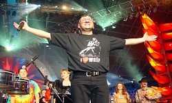 Jurek Owsiak Koncert Bożonarodzeniowy WOŚP Wrocław 2002