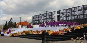06. Msza Narodowa na Placu Pilsudskiego.JPG