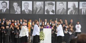 10. Msza Narodowa na Placu Pilsudskiego.JPG