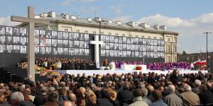 13. Msza Narodowa na Placu Pilsudskiego.JPG