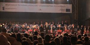 09  Piotr Rubik z Orkiestrą i Chórami