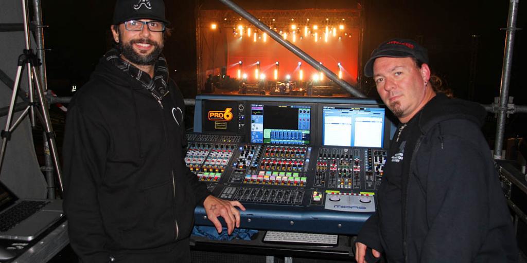 33 Rob Viator - Sound Engineer and  John Santos - Lighting Designer of Paul Rodgers