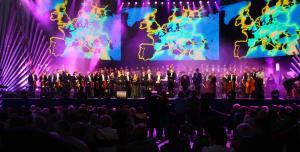 Soliści, chór i orkiestra