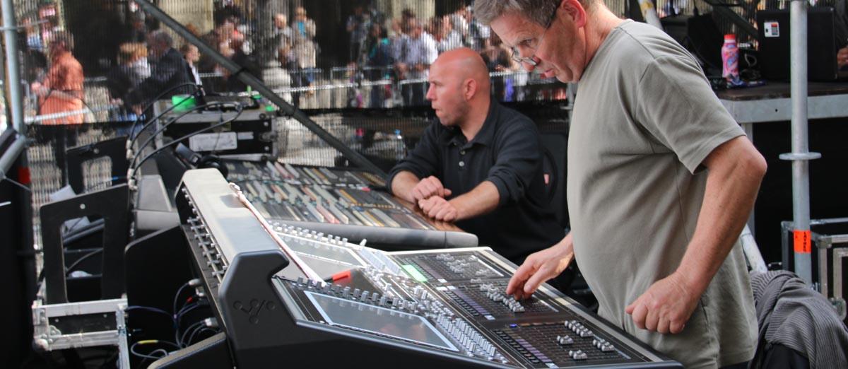 08 Andrzej Sterna i Tomek  - sound check